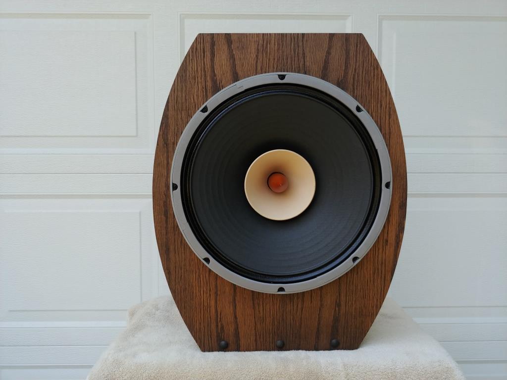 Lii Audio 15